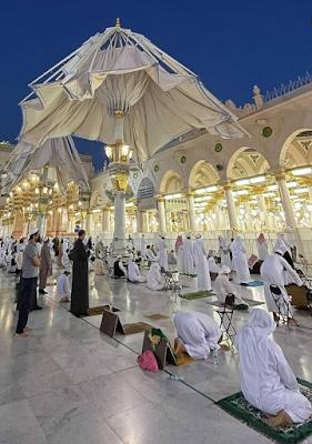 Foto Payung di Masjid Nabawi Madinah Terbaru 2021