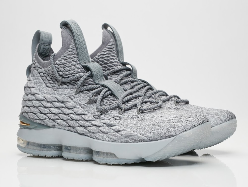 official photos 8f3f0 0643b Release Reminder: Nike LeBron 15 Wolf Grey (897648-005 ...