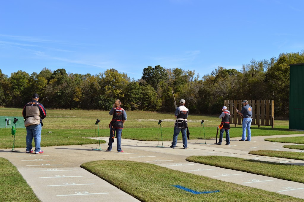 Lyon College Trap Shoot - DSC_6348.JPG