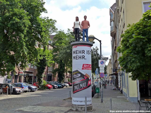 columna-düsseldorf-esculturas.JPG