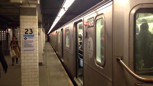 6番線、23丁目で人身事故、自殺 ...