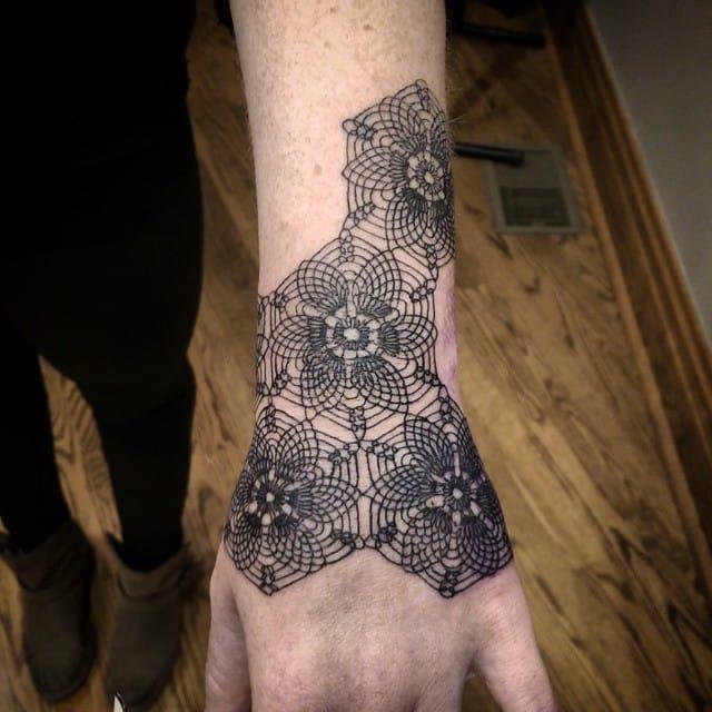 entrelaçados_projeto_da_flor_de_pulso_banda_tatuagem
