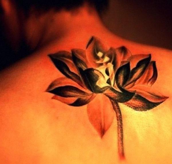 brilhante_flor_de_ltus_da_tatuagem