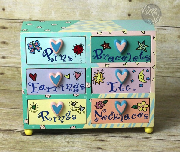 Childs jewlery box before makeover