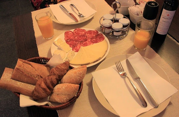Esmorzar Torre Laurentii.jpg