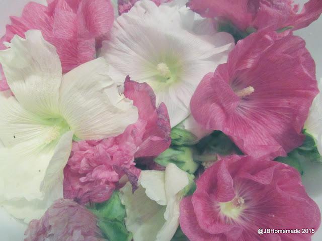 Rinsing blossoms