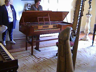 0590Inside_a_Southern_Mansion_-_New_Orleans