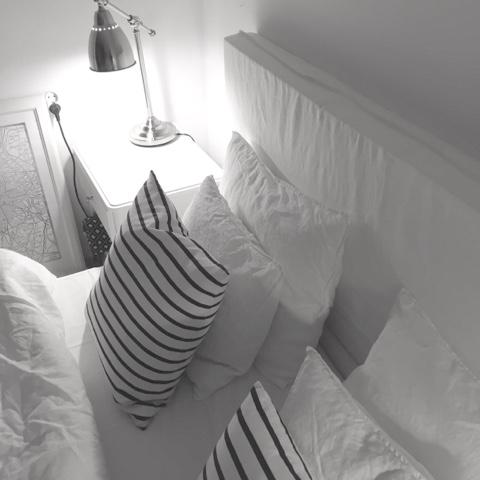 Sypialnia - zagłówek hand made