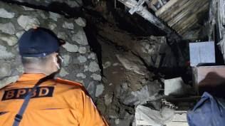 Satu Warga Luka Berat akibat Tanah Longsor di Cianjur