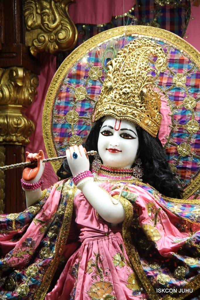 ISKCON Juhu Mangal Deity Darshan 09 Apr 16 (16)