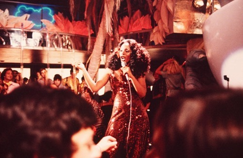 Donna Summer a eterna rainha da disco music
