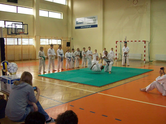 DO 2011 Pokaz karate - 100_0528_1.JPG