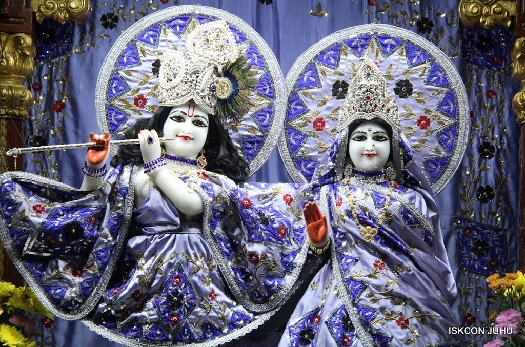 ISKCON Juhu Mangal Deity Darshan on 11th Aug 2016 (21)