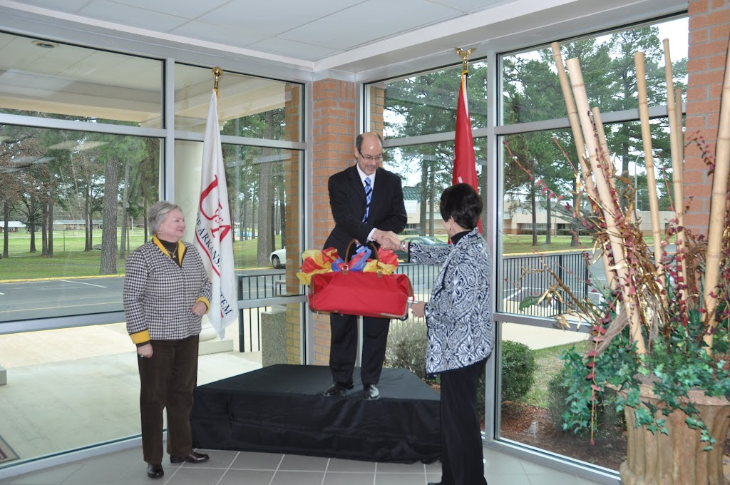 U of A System President Dr. Donald Bobbitt Visit - DSC_0336.JPG