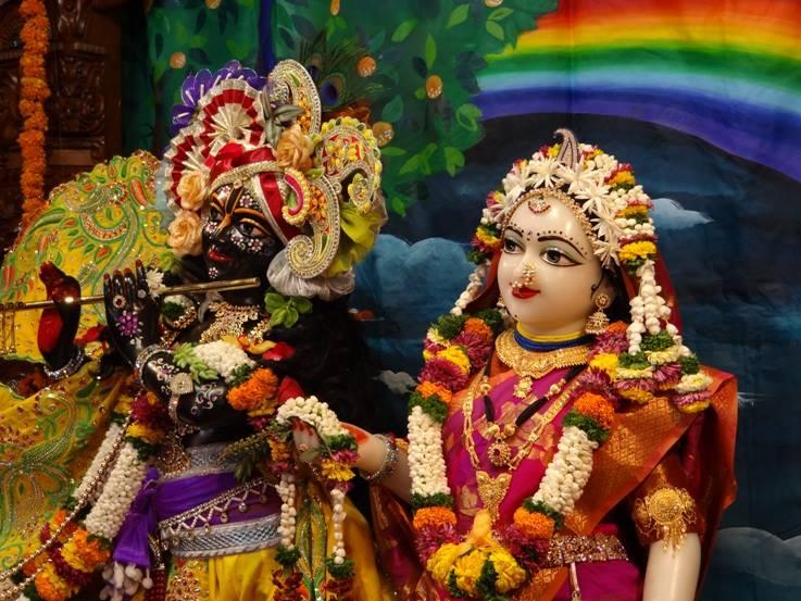 ISKCON Nigdi Deity Darshan 08 April 2016 (3)