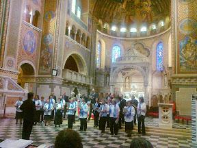 A szegedi dóm kórusa Varjasi Gyula karmesterrel