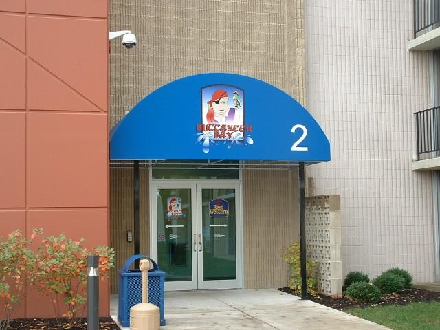 Entrance Canopies - gallery_157.jpg