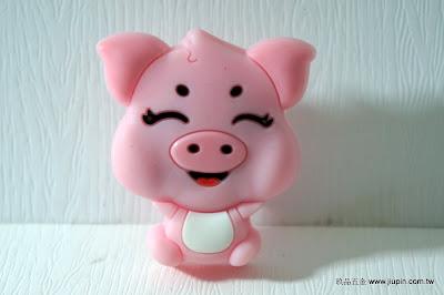 裝潢五金 品名:KT062-粉紅豬 型式:單孔 規格:寬41*高26m/m 材質:塑膠 顏色:粉紅色 玖品五金