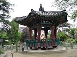 2016.05.24-036 jukujeong dans le jardin coréen