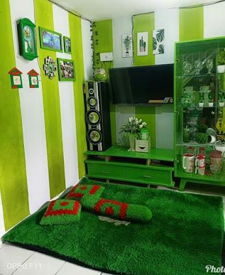 Ruang keluarga sempit minimalis hijau