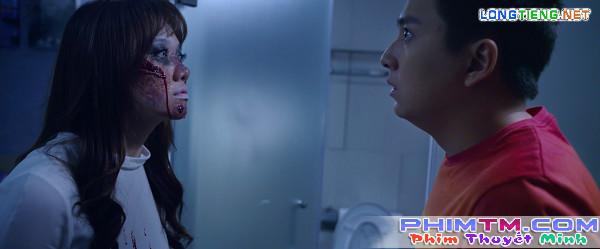 Ma nữ Hari Won mặt đầm đìa máu, dọa Ngô Kiến Huy xỉu tại chỗ - Ảnh 4.