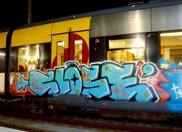 close-reis-v135 (2)