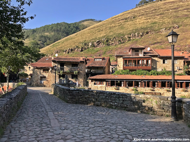 barcena-mayor-ruta-por-cantabria.jpg