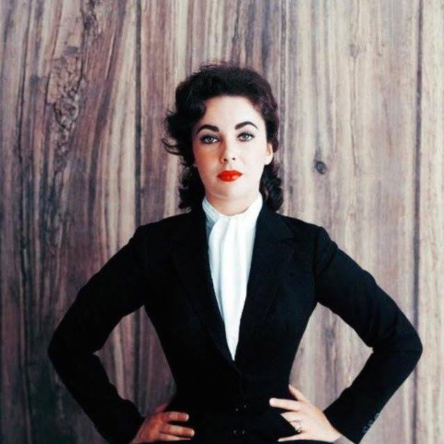 Elizabeth Taylor Profile pictures, Dp Images, Display pics collection for whatsapp, Facebook, Instagram, Pinterest.
