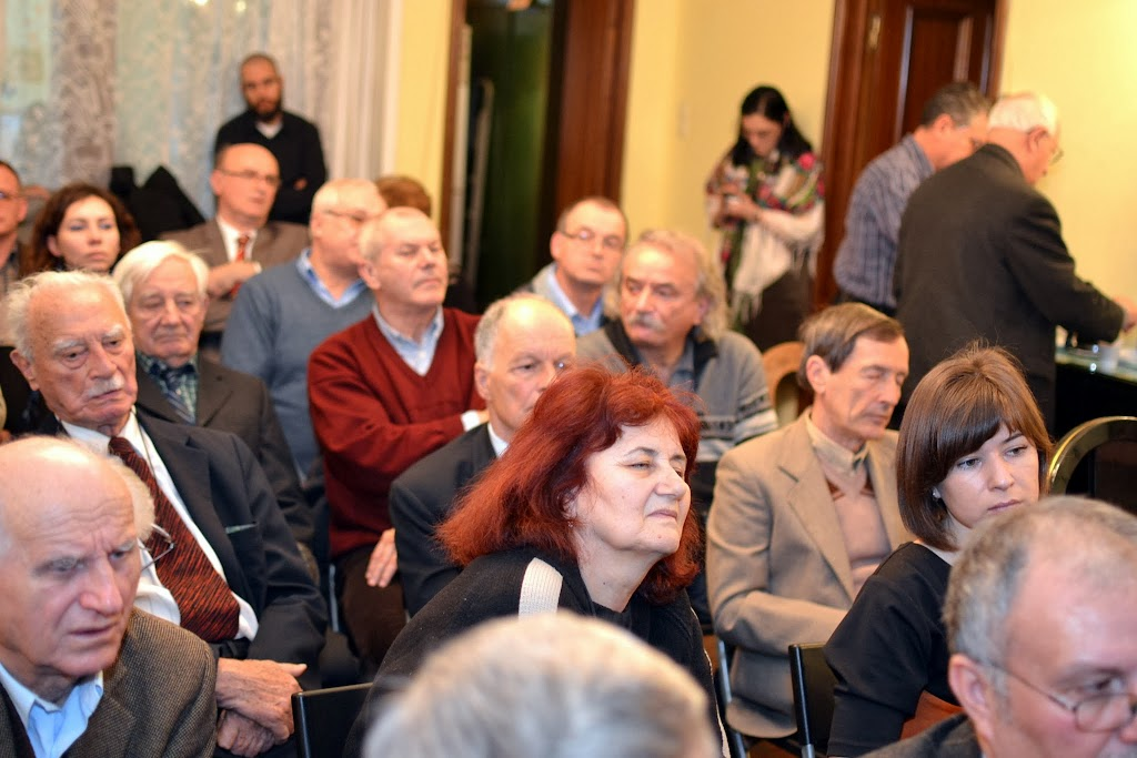 Conferinta Calvarul prizonierilor de razboi romani pe frontul de 074
