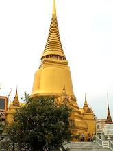 Photo: Bangkok, Wat Phra Kaew, Golden Chedi (Phra Sri Rattana Chedi)