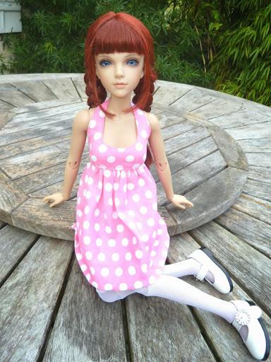 Alice (Leona JID Iplehouse) en cure de remise en forme (p 2) Essai%2520perruques24