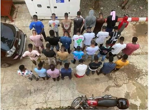 BUSTED!! EFCC Arrests 30 Suspected 'Yahoo-Yahoo Boys' In Ilorin (Photos)