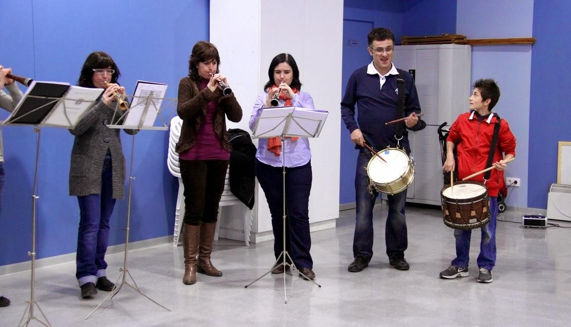 Torronada i concert dels  grallers 17-12-11 - 20111217_554_Torronada_concert.jpg