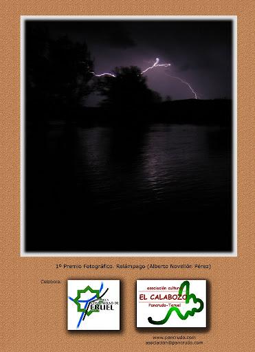 Contraportada Revista Pancrudo nº12 (2008). 1º Premio fotográfico. Relámpago (Alberto Novellón Pérez)