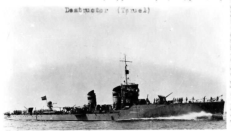 Conocida foto del destructor TERUEL. Ca. 1940. Colección Jaume Cifre Sanchez. Nuestro agradecimiento.jpg