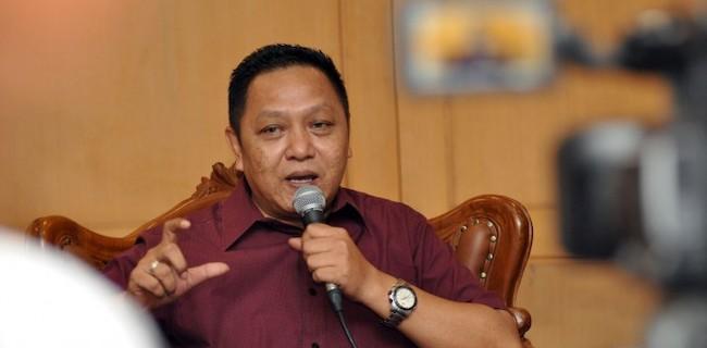 Adhie Massardi: Heboh Corona Tutupi Prestasi Polri Yang Diam-diam Lampaui KPK