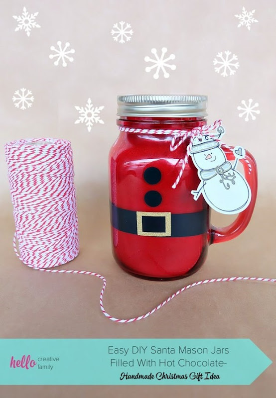 Easy-DIY-Santa-Mason-Jars-Filled-With-Hot-Chocolate-Handmade-Christmas-Gift-Idea-709x1024