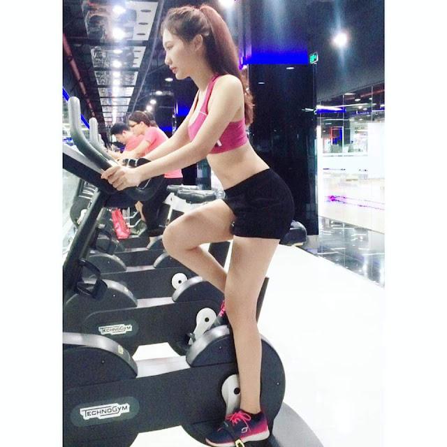 hot girl nguyen thy 25