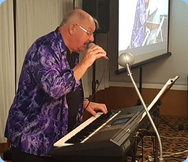 Our guest artist, Joe Fingers, playing his Yamaha PSR-S950 arranger keyboard.