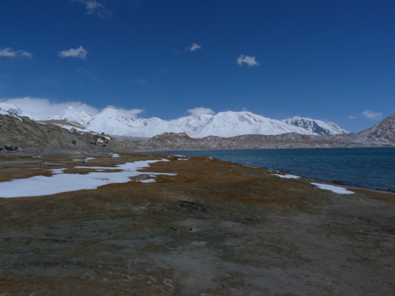 XINJIANG. Karakoram Highway, lune des plus haute route au monde, en passant a 4400 m - P1280523.JPG