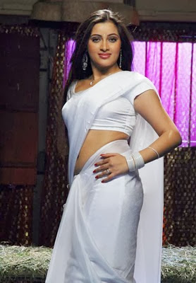 Navneet Kaur Rana Nude Naked