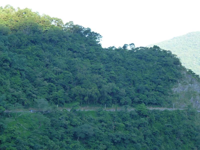 Tainan County.De Dona village à Meinong via Sandimen en scooter.J 12 - P1220303.JPG