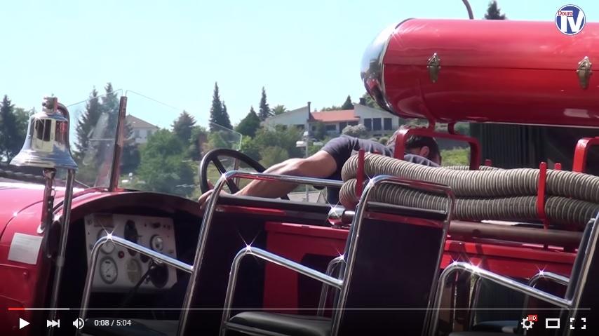 Vídeo - Bombeiros de Lamego promovem Exposição de Carros Antigos