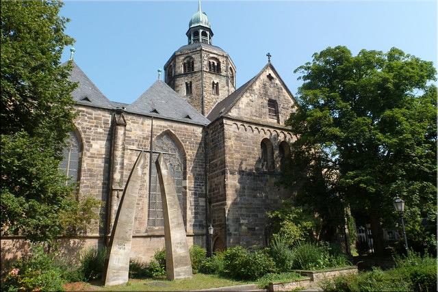 Monumento a los muertos en las dos Guerras - St. Bonifatius Kirche
