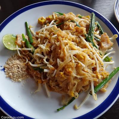 CarouLLou.com Carou LLou in Bangkok Thailand Pad thai G+TW