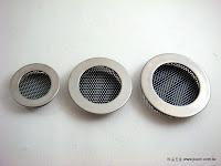裝潢五金品名:K722-通氣片-1規格:寸15/寸35/寸8孔材質:白鐵功能:可裝在門片上有通風/把手之兩種功能玖品五金