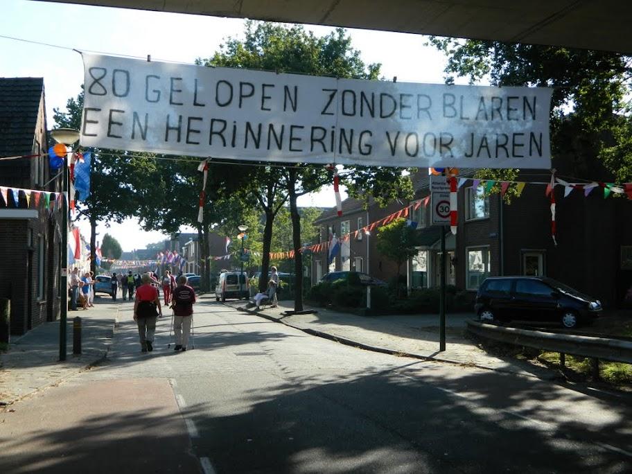 80km van de Langstraat (marche Kennedy Waalwijk)14-15/9/2013 DSCN3509
