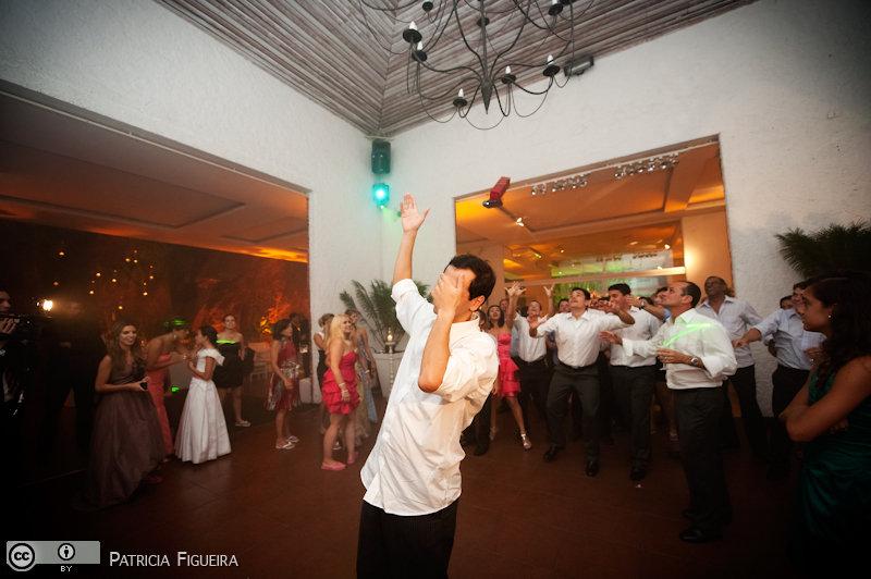 Foto de casamento 3043 de Nathalia e Fernando. Marcações: 04/12/2010, Casa de Festa, Casamento Nathalia e Fernando, Espaco Multiplo IF, Fotos de Casa de Festa, Niteroi.