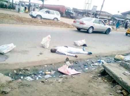 Man Slumps And Dies On The Road During Early Morning Jogging