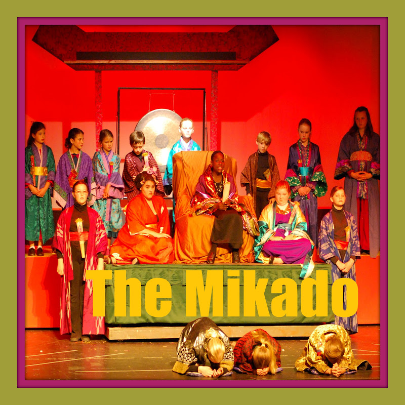 2010The Mikado  - DSC_4196.jpg